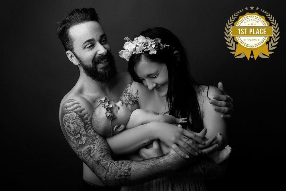 De jeunes parents heureux-Premier prix AFNS AWARD Melanie Cassandre Photographe